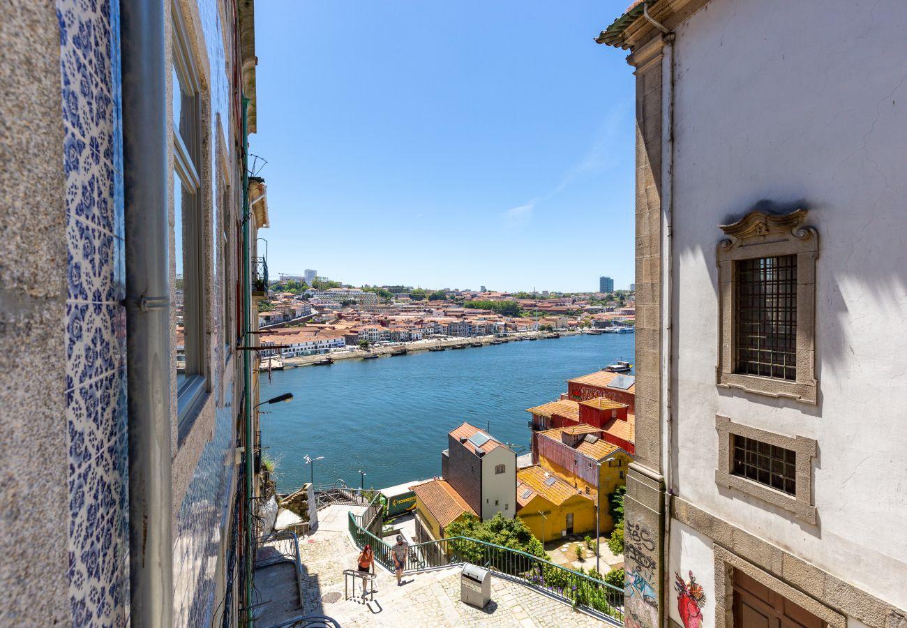 Estúdio em Porto - Estúdio com Vista sobre o Rio Douro