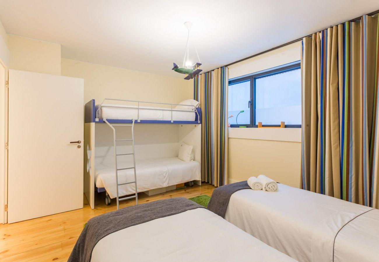 Ferienwohnung in Vila Nova de Gaia - Feel Porto River Senses Residence