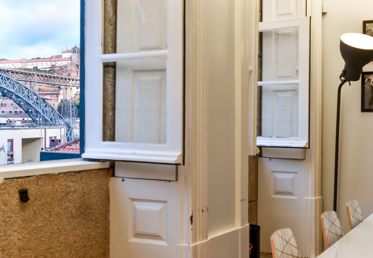 Ferienwohnung in Porto - Feel Porto Ribeira Vintage Duplex