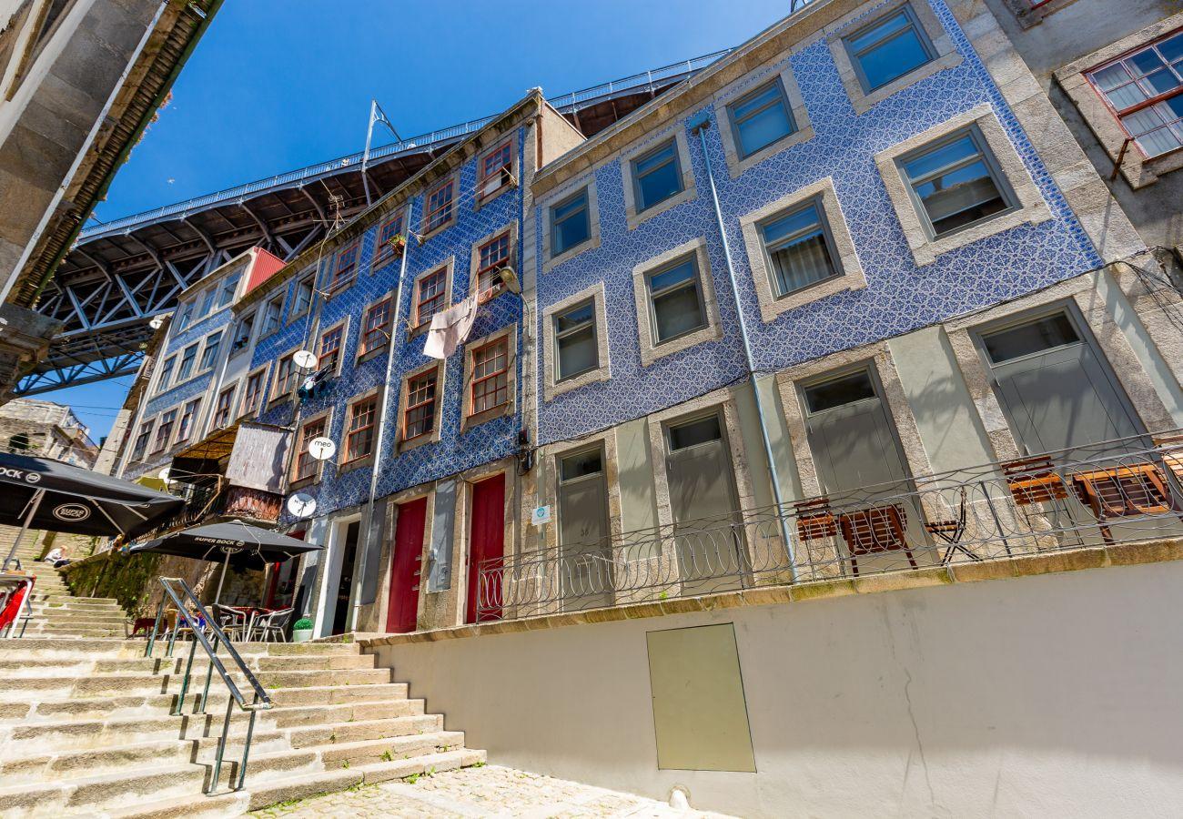 Ferienwohnung in Porto - Feel Porto Codeçal Apartment 0.1