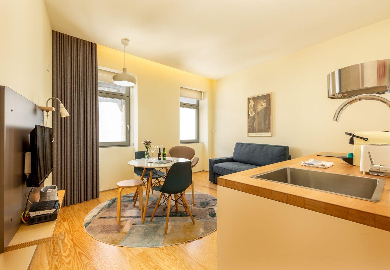 Ferienwohnung in Porto - Feel Porto Codeçal Apartment 2.2