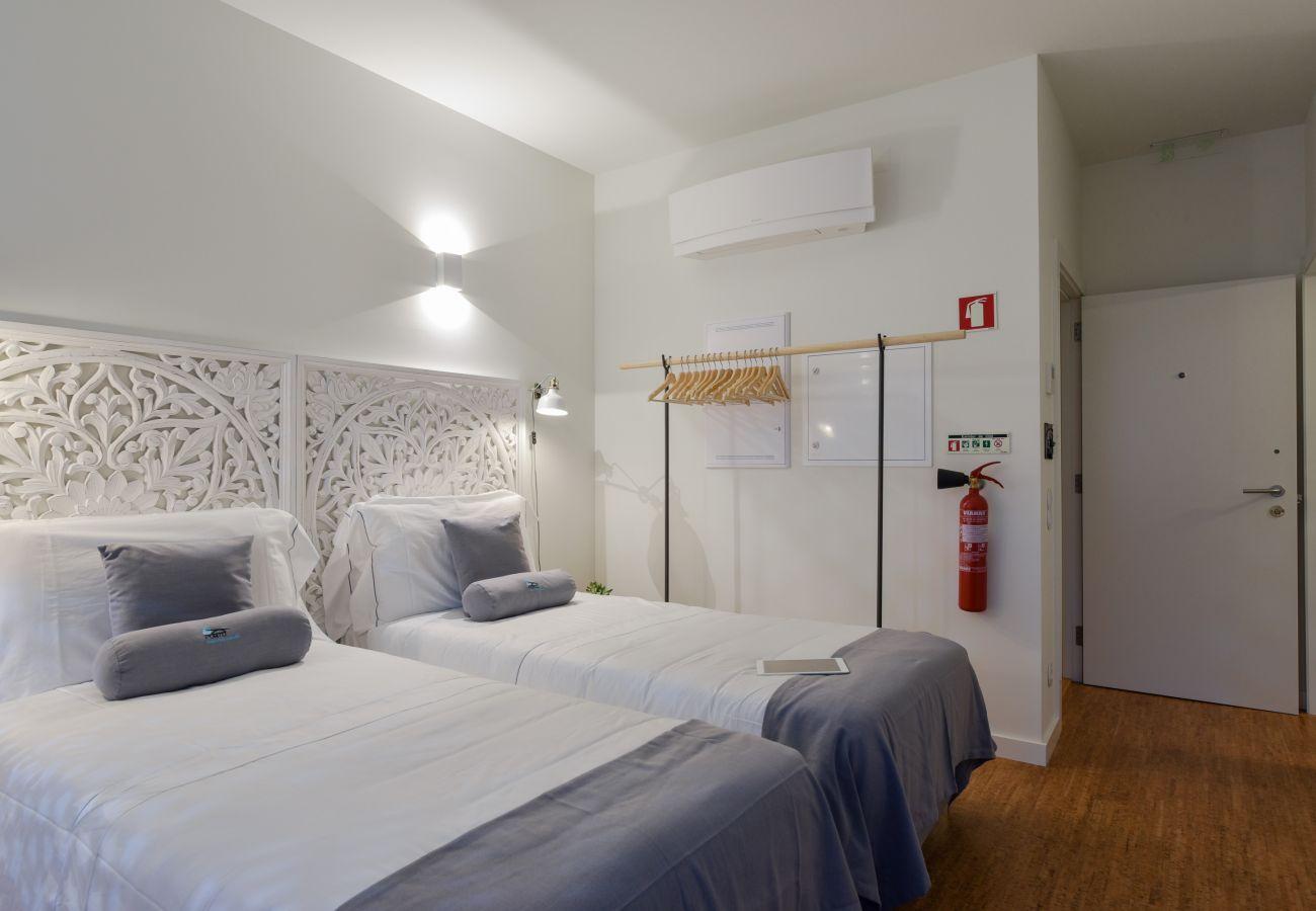 Studio in Porto - Studio in Porto, close to Avenida dos Aliados [GL4]