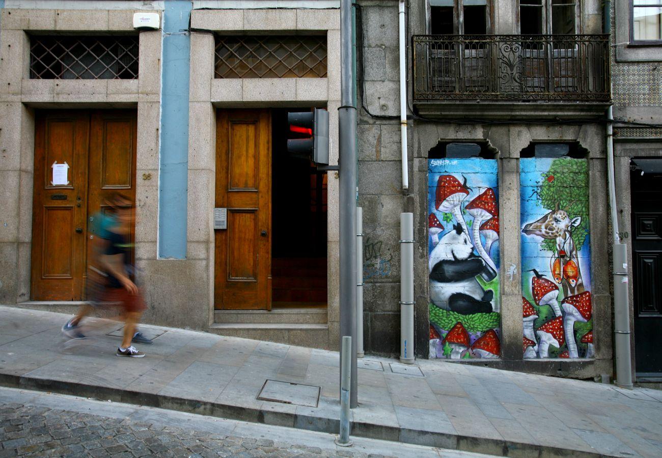 Apartment in Porto - Feel Porto Ribeira Vintage Duplex