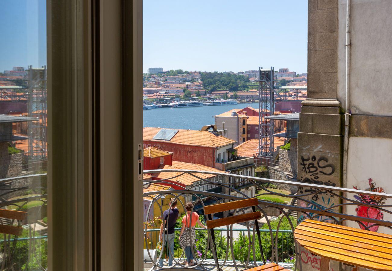 Apartment in Porto - Feel Porto Codeçal Apartment 0.1