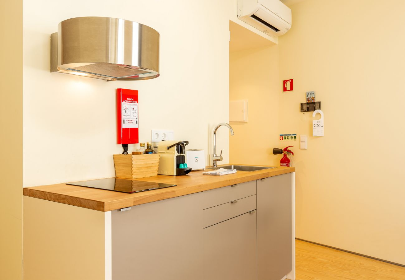 Apartment in Porto - Feel Porto Codeçal Apartment 2.2